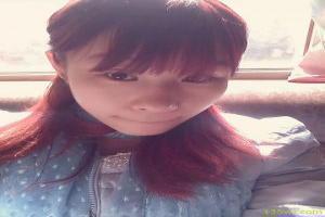 韩国体罚女子打小腿的视频
